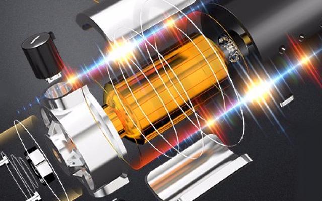超静音モーターを採用